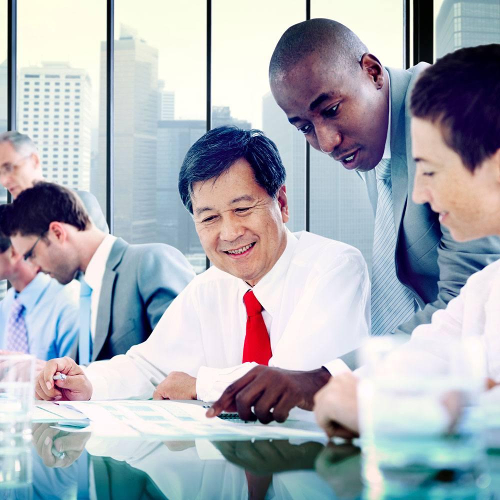 association-team-working