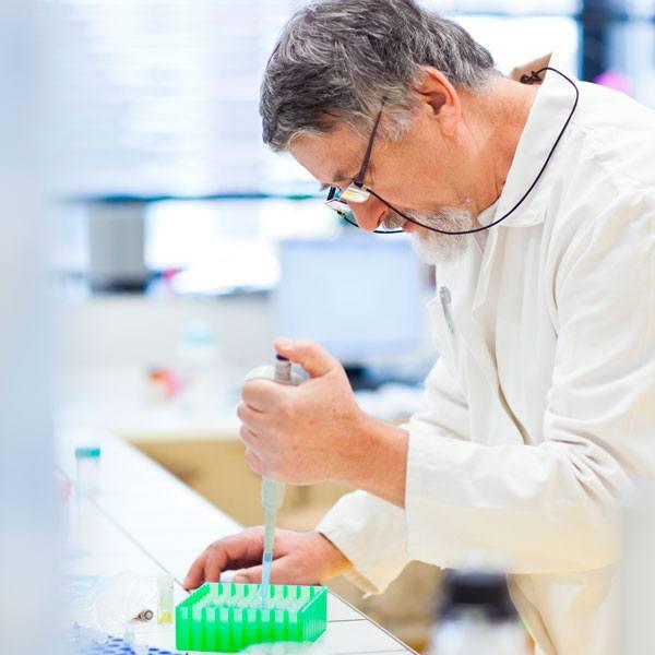 laboratory-worker